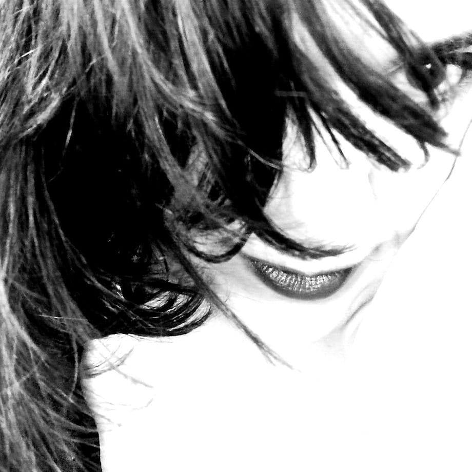 Yolanda en blanco y negro